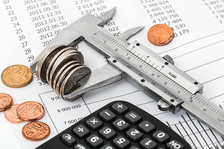 מקדמות מס הכנסה וחובות